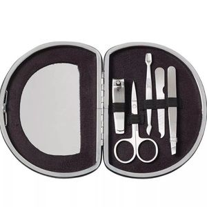 Glittery 7-pc manicure with mirror set, 2 colors